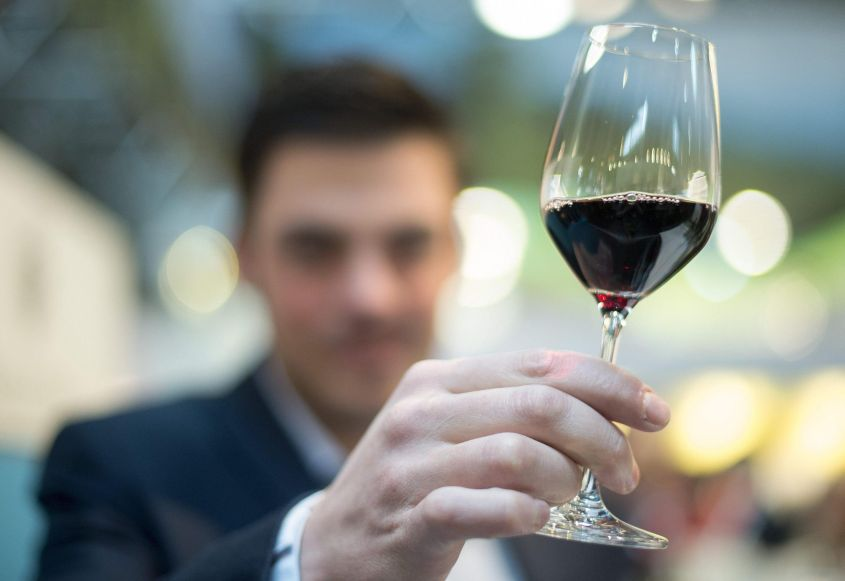 Due bicchieri di vino al giorno