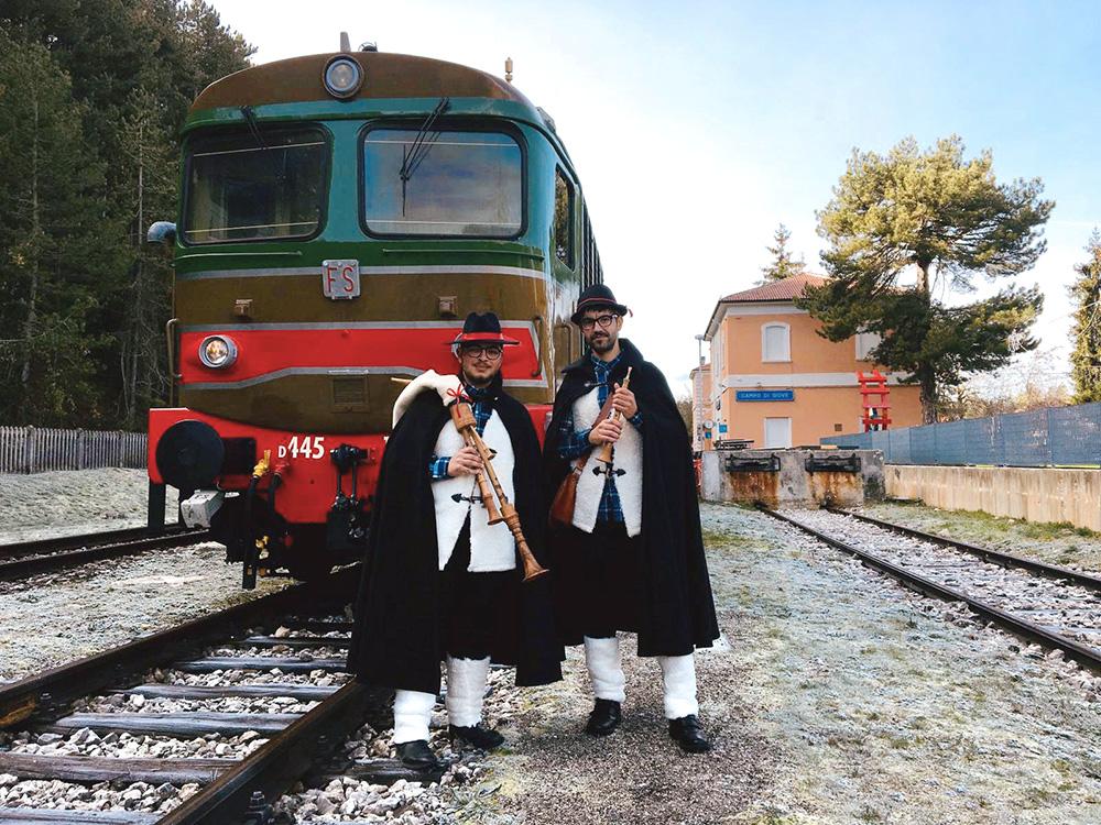 LA MAGIA DEI MERCATINI DI NATALE FA RIVIVERE LA TRANSIBERIANA D'ITALIA – Virtù Quotidiane – Il quotidiano enogastronomico abruzzese